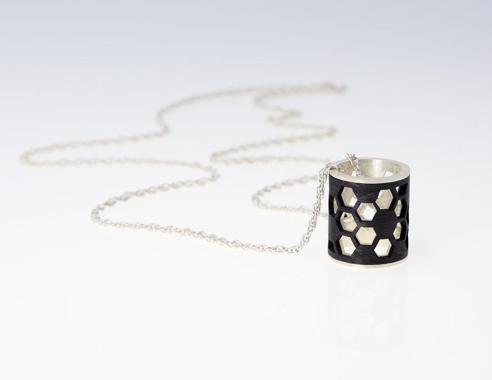 3-18_Jewellery_GSM_23-Girod_1