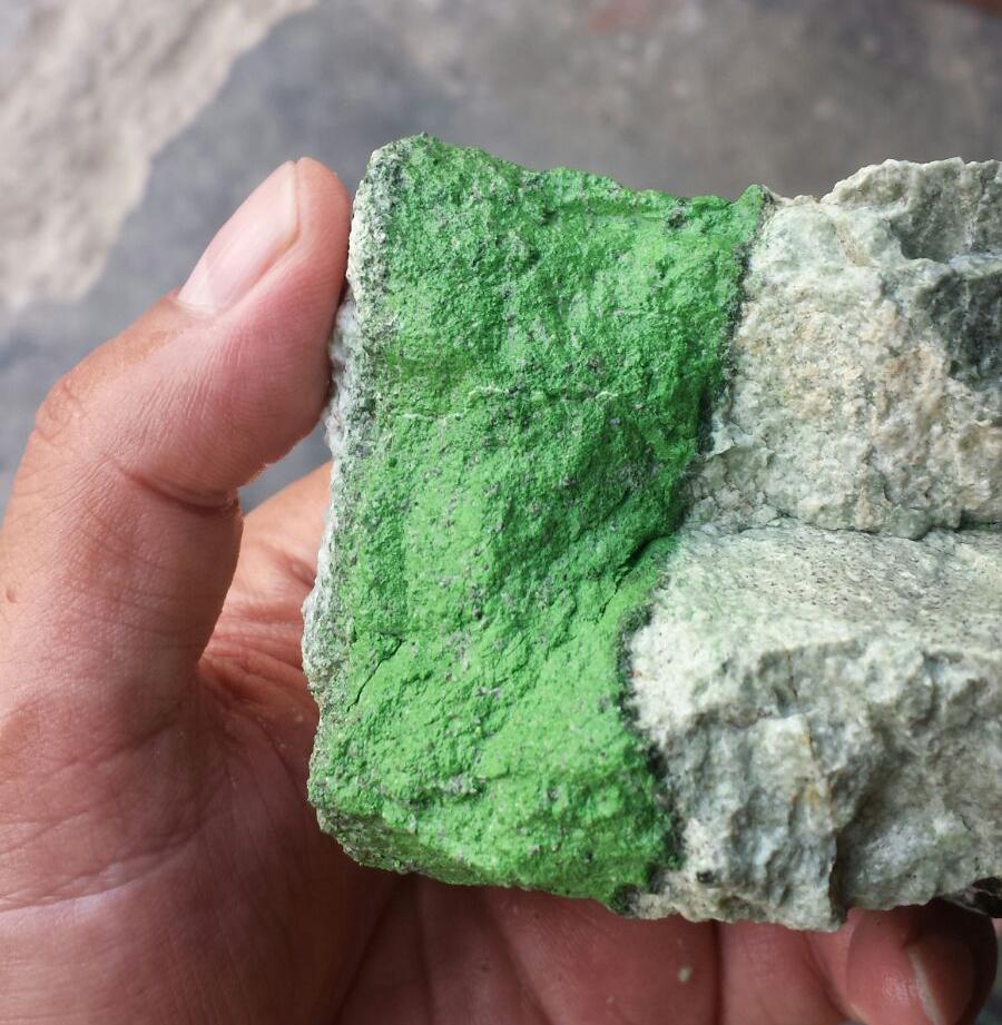 Stones_Haenni_Stein roh 2