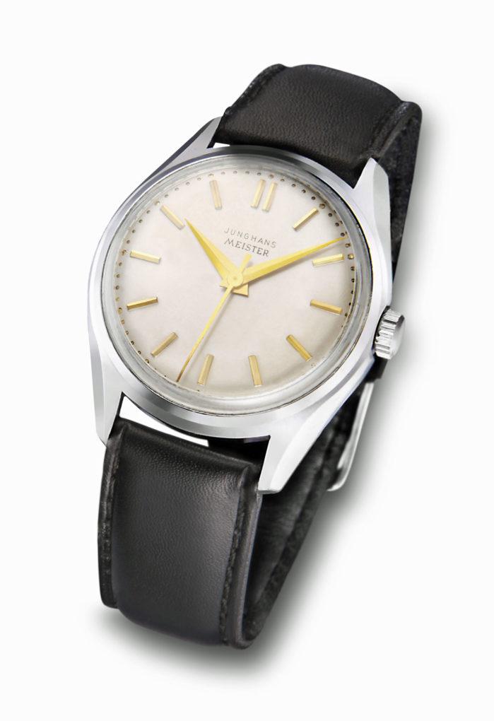 7-17_Watches_Junghans-Meister-vorne