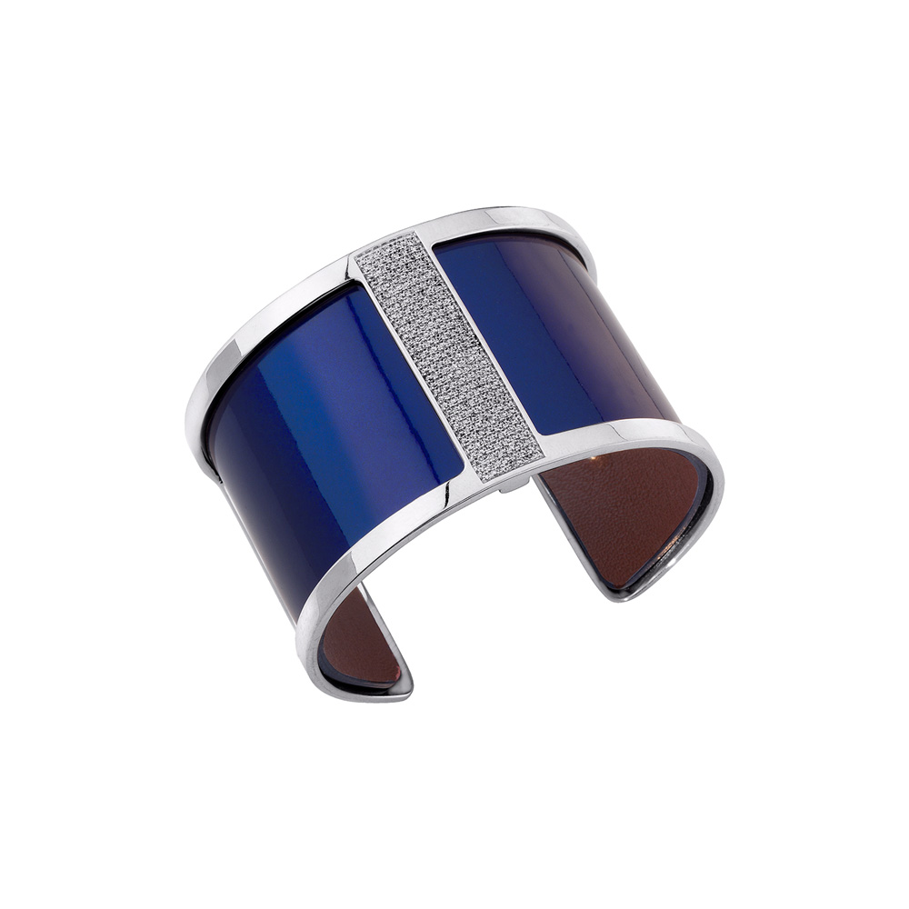 1-18_Coverstory_Les-Georgettes_Design-Barrette-large-cuff-Silver-finish