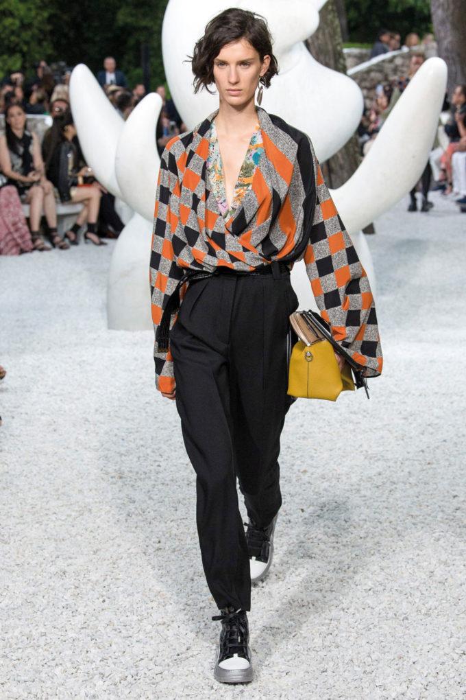 6-18_Special_Herbst-Luisa_Louis-Vuitton