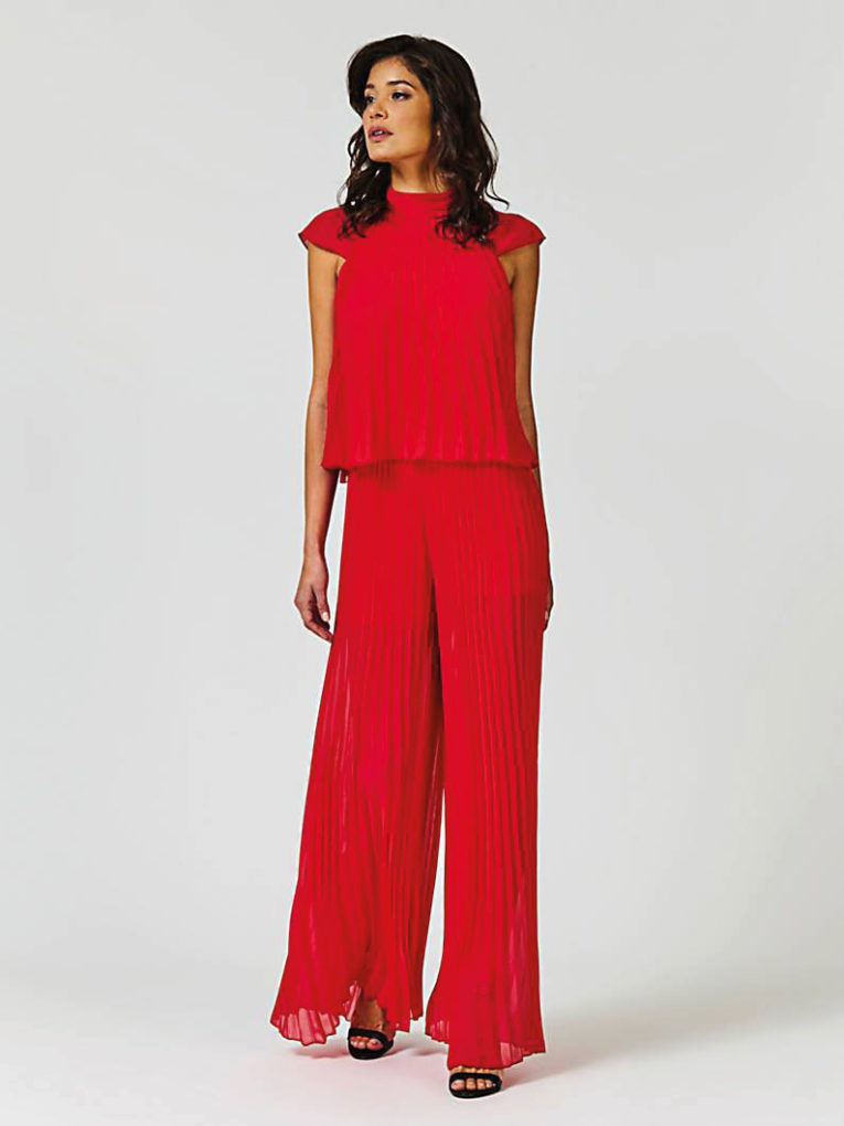 9-18_Special_Luisa_Overall