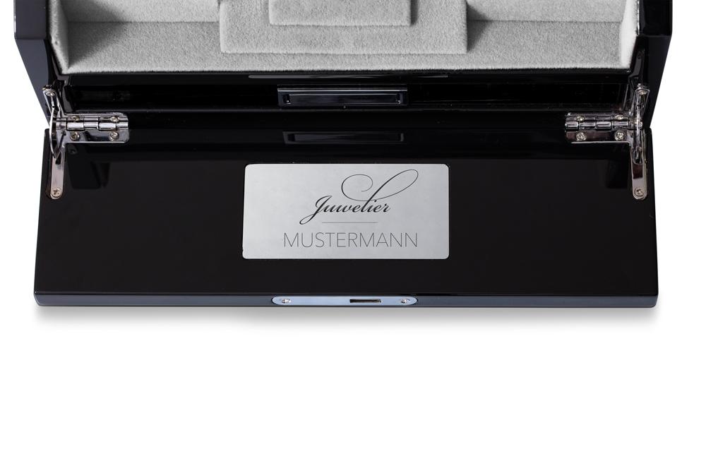1-19_Focus_DiamondGroup_Box-personalisiert