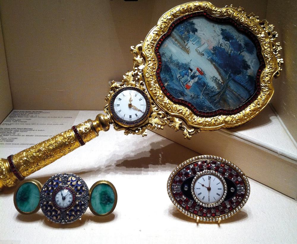 1-19_Watches_Cherchez-la-Femme_04-pieces-exceptionnelles