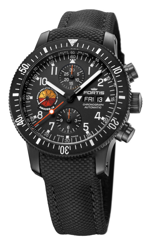 2-19_coverstory_Fortis_Official-Cosmonauts-Chronograph-Amadée-18_638_18_91_Amadee18_Cobra_Final