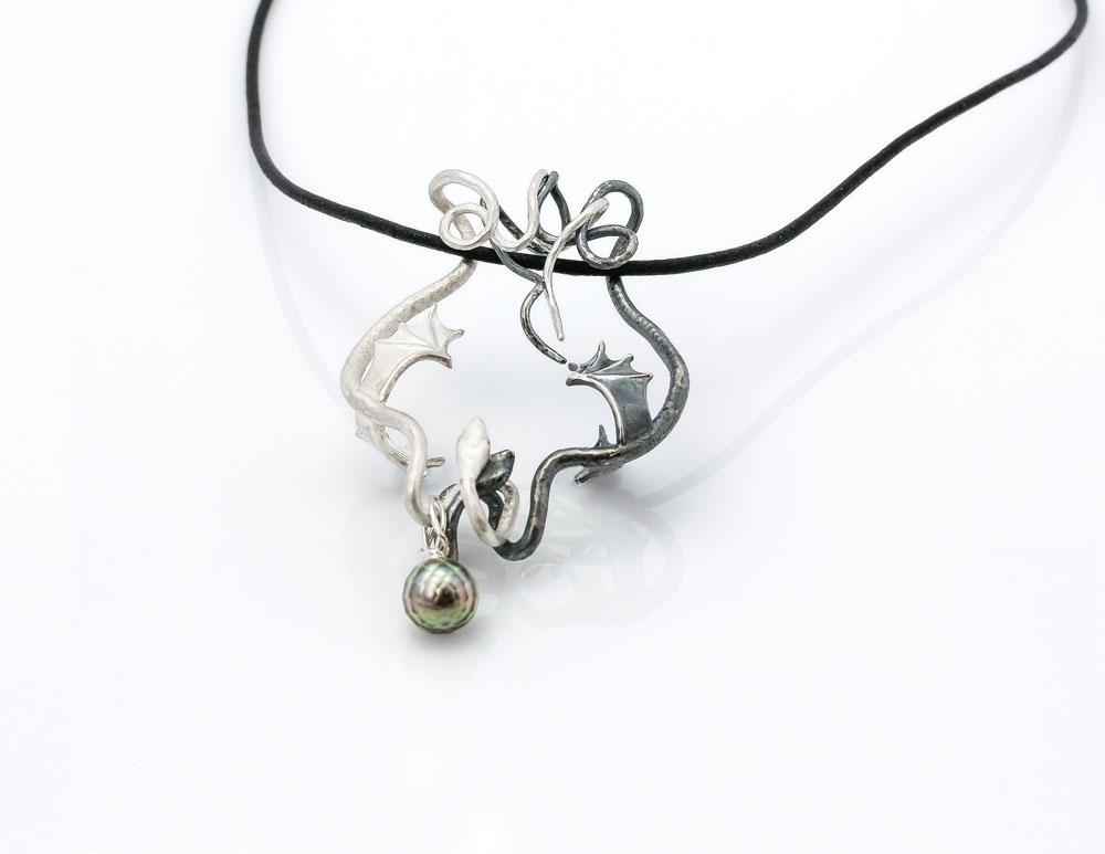 4-19_Jewellery_GSM15-Niklaus_1