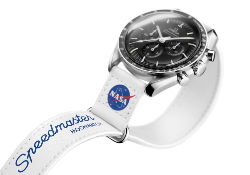 6-2021-Watches_Conquete-de-lespace-OMEGA_032CWZ016041_close-up